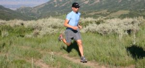 Trail Runner in Flat Feet Shoes Featured Image