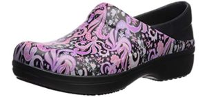 Crocs Women's Neria - Overweight Nurse's Shoe