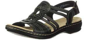 Clarks Women's Leisa Janna - Athletic Sole Dress Shoe