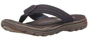 Skechers Men's Evented Rosen - Flat Feet Flip Flop sandals